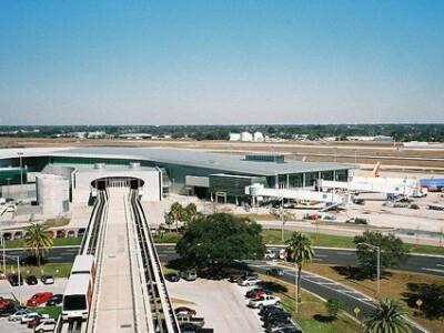 Terminalul C al Aeroportului International Tampa, Florida