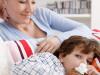 copil racit alaturi de mamas a FOTO SHUTTERSTOCK