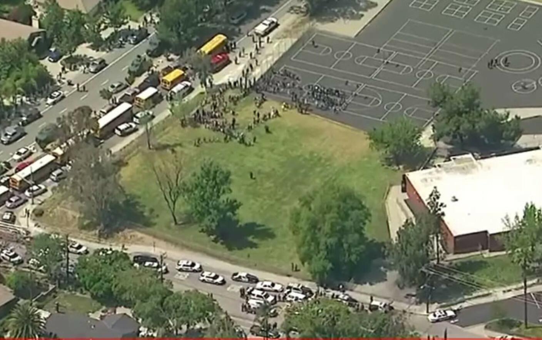 Atac Noua Zeelanda Update: Atac Armat La O Scoala Din California. O Persoana A