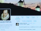 """Un barbat de 55 de ani a transcris un roman intreg pe Twitter. De cati ani a avut nevoie pentru a reproduce """"Don Quijote"""""""
