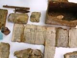 Capsula a timpului de acum doua secole, descoperita intr-un sat din Scotia. Ce obiecte continea