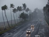 """Furtuna Erika a facut prapad in insula Dominica. """"Pagubele s-ar putea sa arunce procesul de dezvoltare cu 20 de ani in urma"""""""