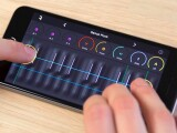 iLikeIT. Aplicatiile care te transforma in DJ sau compozitor. Touchscreen-ul, cel mai nou instrument muzical