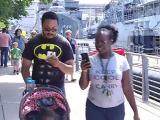 Americanii se plimba pe strazi cu telefonul in mana si cauta Pokemoni. Jocul periculos care a produs o nebunie in SUA