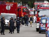 Atac intr-o biserica din Franta. Manuel Valls: Obiectivul ISIS este de a `crea un razboi al religiilor`