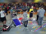"""16 liceeni romani si robotul care le-a adus locul al treilea la Concursul Mondial de Robotica: """"E o performanta uluitoare"""""""