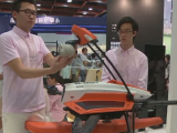 Tomberonul cu robinet, drona de salvare sau bratara speciala pentru sofer, expuse la cel mai mare targ de inventii din Taiwan