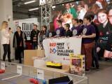 Start la constructia de roboti! Peste 800 de elevi de liceu se intrec sa faca robotul care va merge la concurs in SUA