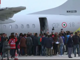 """A inceput distribuirea refugiatilor: primii 19 imigranti din Eritreea au ajuns in Suedia. """"Este un simbol al victoriei"""""""