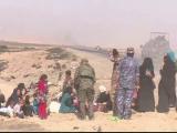 900 de civili au reusit sa scape din Mosul. Este primul grup mare de oameni care paraseste orasul controlat de jihadisti