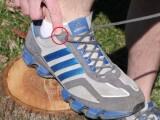 Motivul pentru care incaltarile de alergare au gauri extra pentru sireturi. Cum se folosesc