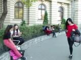 Jumătate dintre studenţii români abandonează înainte de absolvire. `Când nu ai ce mânca, nu îţi pasă de diplomă`