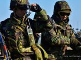 soldati romani in echipament de camuflaj