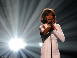 "Holograma lui Whitney Houston va pleca in turneu, in 2016. Familia Houston sustine ""reincarnarea digitala"" a artistei"