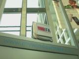 """""""Windowmate"""", robotul care spala geamuri, prezentat la Targul de la Berlin. Cum functioneaza aparatul de cafea inteligent"""