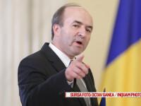 Tudorel Toader participa la ceremonia in cadrul careia a depus juramantul de investitura in functia de ministru al justitiei in cabinetul Grindeanu, la Palatul Cotroceni