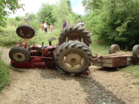 mort tractor