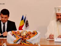 ministrul Daniel COnstantin si Patriarhul Daniel semneaza un protocol de colaborare