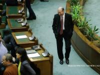 Senatorul Traian Basescu participa la lucrarile in plen ale Senatului, la Palatul Parlamentului din Bucuresti