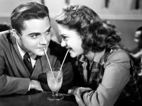 De ce se tem barbatii sa iasa la intalniri cu femei inteligente