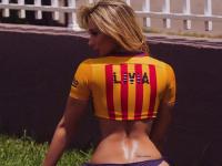 Goluri pentru GOALE :) Ea e cea mai infocata fana a trioului Barcelonei: Messi, Neymar, Suarez