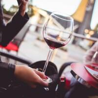 dragoste vin