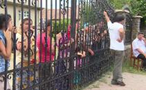 scandal intre romi si autoritati