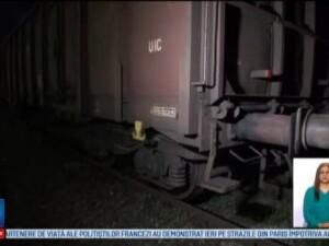 Doi copii din Craiova, electrocutati in timp ce incercau sa-si faca selfie pe un vagon de tren. In ce stare se afla