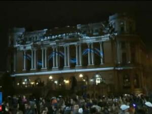 Festival al Luminii, in centrul Capitalei. Piata Revolutiei a devenit o pasune, pe Dambovita sunt rate multicolore