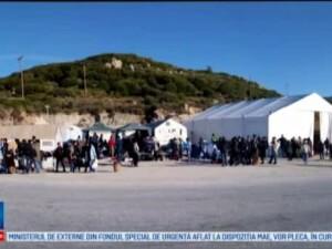Romanii care au renuntat la vacante si au facut voluntariat in tabere de refugiati din Grecia