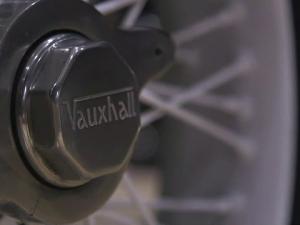 masina Vauxhall