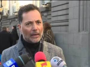 Arhitectul mexican Hector Bitar a venit in Romania sa ceara custodia comuna a fiicei sale: Eu vreau program de vizite