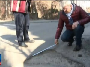 La Craiova au inflorit gropile, dupa topirea zapezii. Ce a declarat primarul despre situatia de pe sosele