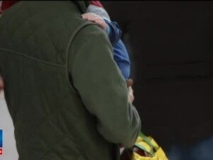 Ancheta la Iasi, dupa moartea unui bebelus de trei luni. Mama l-a luat acasa din spital, desi copilul era grav bolnav