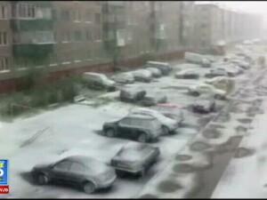 Rusii s-au uitat de doua ori in calendar. In timp ce Europa se topeste, in nordul tarii a nins