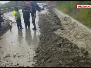 ploi, alunecari de teren, inundatii,