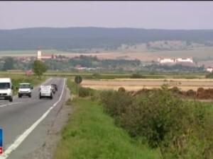 Cetatea Feldioara a fost complet restaurata in 4 ani. Intre timp, la Brasov cetatea sta inchisa din cauza unui proces