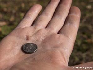 moneda - AGERPRES