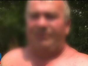 Barbatul care a intrat intentionat cu microbuzul in terasa unei benzinarii avea probleme psihice. Explicatiile tatalui sau