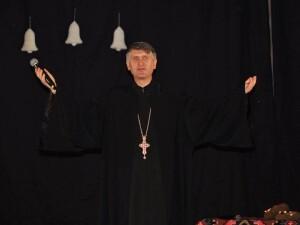 preotul Cristian Pomohaci