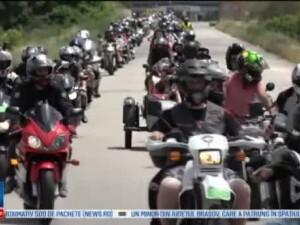 Sute de motociclisti din tara s-au intalnit la Alba Iulia. Parada care a trezit orasul si gestul caritabil facut