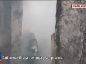 Un copil a ars de viu iar fratele sau a ajuns la spital dupa un incendiu intr-un sat constantean. De la ce a pornit focul