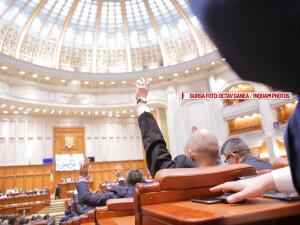 Votul camerelor reunite ale Parlamentului Romaniei asupra bugetului, in Bucuresti