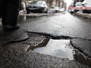 groapa in asfalt
