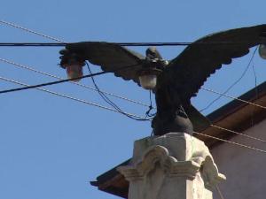 vultur monument