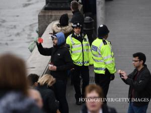 politisti pe podul Westminster