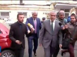 C.P. Tariceanu, acuzat de DNA ca a mintit in dosarul retrocedarilor si pus sub urmarire. Reactia presedintelui Senatului