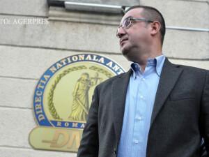 Fostul sef al Agentiei Nationale de Administrare Fiscala (ANAF), Sorin Blejnar, pleaca de la sediul Directiei Nationale Anticoruptie (DNA), unde a fost audiat intr-un dosar de evaziune fiscala