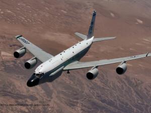 avion american de recunoastere RC-135