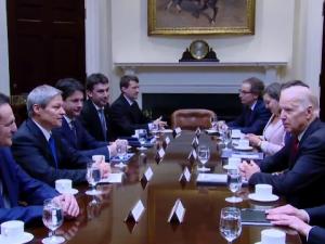 Dacian Ciolos si Joe Biden